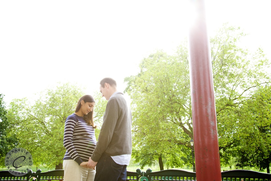 Wandsworth family photographer, pregnancy photoshoot Clapham Common, bump to baby photos